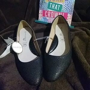 GoldToe Arch Support Shoes